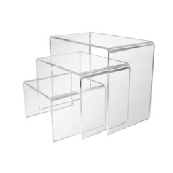 Cubes, Risers & Easels